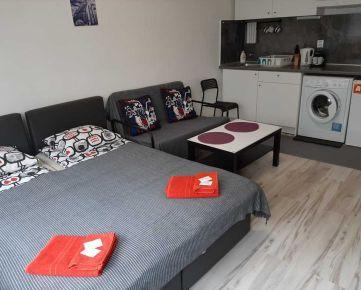Pekný zariadený 1,5-izbový byt v Starom Meste