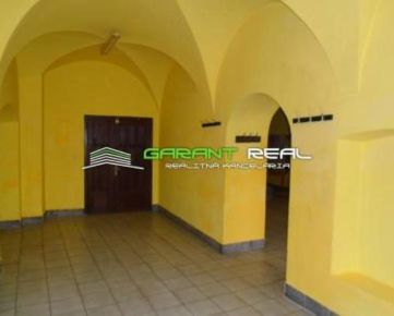 GARANT REAL - prenájom komerčný priestor 115 m2, Prešov, centrum