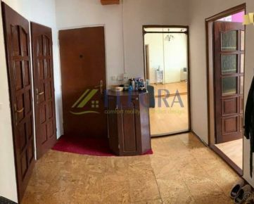 Na predaj :  4izbový byt Ladošská Košice