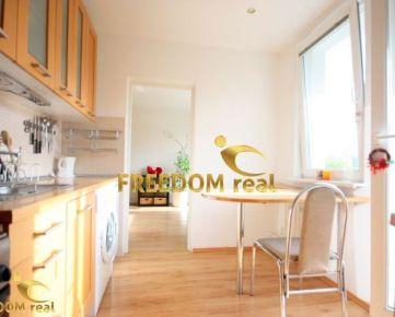 ODPORÚČAM: 3 izb. kompletne vybavený byt s veľkou loggiou v peknom prostredi - Púpavová ulica, Karlova Ves
