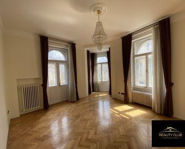 Priestranný 6 izbový byt vo vyhľadávanej lokalite na Palisádoch
