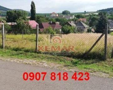 Exkluzívne na predaj stavebný pozemok v obci Čebovce.