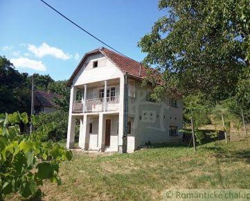 Pekná murovaná chata v chatovej oblasti obce Vinica