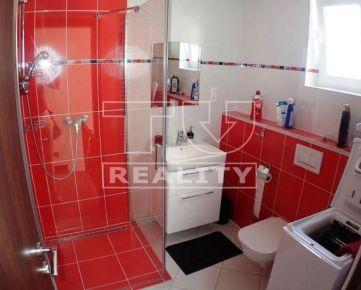 Po kompletnej rekonštrukcii priestranný 5 izb.dom na prenájom v obci Kuchyňa. 160m2 CENA: 850,00 EUR/mesiac