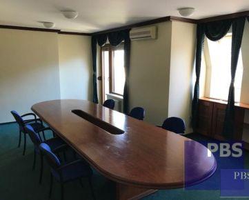 --PBS-- NA PRENÁJOM Exkluzívne kancelárske priestory 170 m2, 3 x garáž, 2 x parking, Rázusova ulica