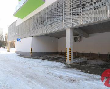 Kryté parkovacie miesto v bytovom komplexe Rudiny II