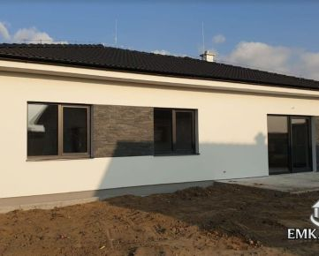 NOVOSTAVBA - 4 izb. bungalov - Slovenský Grob - Malý Raj