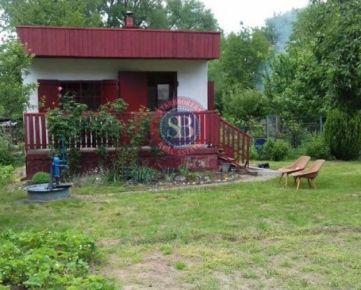 StarBrokers - PREDAJ - Dúbravka, 420 m2, chata s garážou, možnosť výstavby domu.