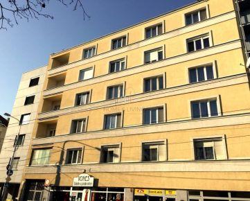 PREDAJ veľkomentrážneho bytu na Špitálskej ul. - vhodný na kancelárie
