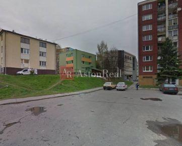 Pripravujeme do ponuky: Tehlový 2, 5 izbový byt v Radvani