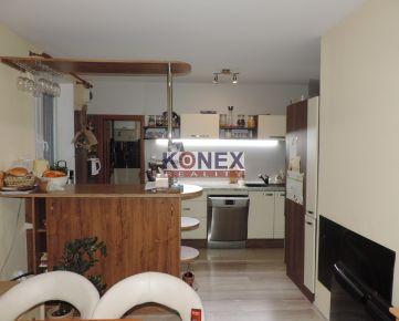 KONEX REALITY – SUPER PONUKA! Na predaj nadštandardný  4-izbový byt v Sečovciach!