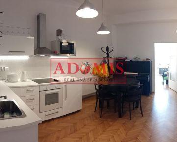 Predaj 4 izbový byt priamo na Hlavnej ulici, Košice-Staré Mesto