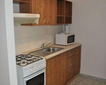 2-izb. byt v novostavbe v obci Zavar kúsok od Trnavy, 54 m2, veľká loggia