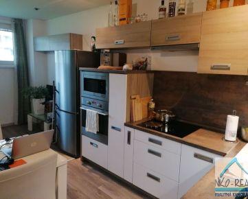 Predaj 1 izb.bytu na Kadnárovej ul. s parkovacím státím v Novostavbe v tichej lokalite.