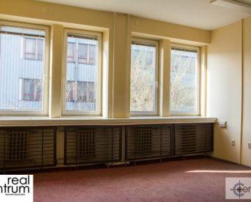 Dvojkancelária - Kopčianska -11 m2 + 18 m2 - 4. poschodie
