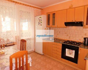 Príjemný 3-izbový byt so zasklenou lodžiou - Petržalka - neďaleko Draždiaku - volajte 0917 346296