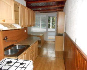 Exkluzívne 3-izbový byt s loggiou 74m2 pri Opále, Voľný ihneď