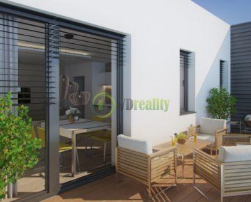 PREDAJ 1 izb. byty s výhľadom na mesto NITRA