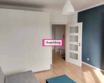 COMFORT LIVING ponúka - Kompletne zrekonštruovaný byt na STUDENOHORSKEJ ULICI - 41 m2, nové rozvody elektriky a vody, nové stúpačky, nábytok a spotrebiče v cene