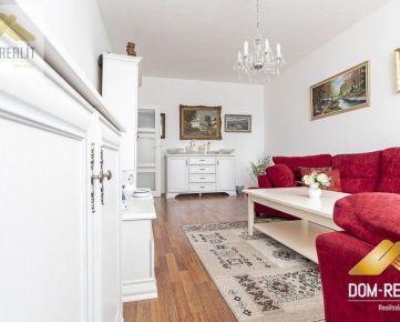 DOM-REALÍT a pekný priestranný 2 izbový byt na Bazovského ulici v Nitre