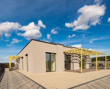 Predaj krásneho 4 izbového bytu s priestrannou terasou, novostavba Kolísky