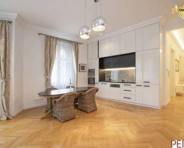 Jedinečný mestský 4-izbový byt na Kozej ulici