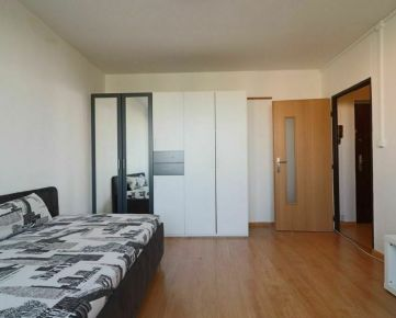 Prenájom 1 izbového bytu – Terasa blízko Novej nemocnice