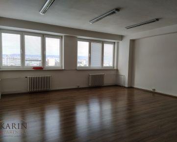 LEN: 350.-€/ mesiac! Prenájom viacúčelová miestnosť s umývadlom 42m2 + parkovanie, Bulharská ul., BA II., Trnávka.