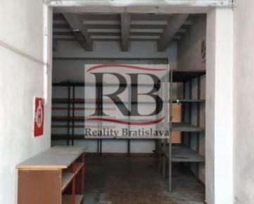 Skladový priestor na prenájom na Trenčianskej ulici, BA - Ružinov