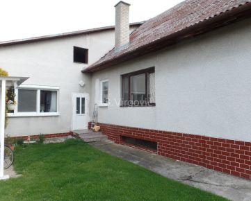 Predaj rodinného domu s garážou v Limbachu