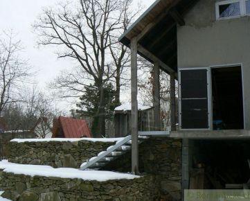 Chata s krásnym výhľadom nad čarovným vinohradníckym mestom Modra pri Bratislave