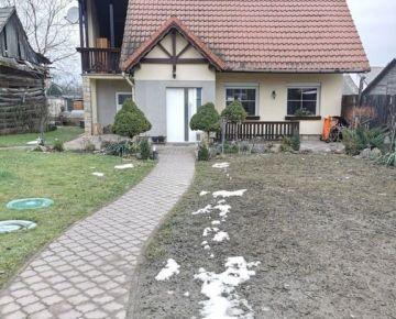 Na predaj rodinný dom v centre obce KOŠECA, pozemok 840 m2