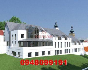 Investičný stavebný pozemok s projektom v centre BB