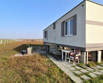 CASMAR RK - Exkluzívne *ČUNOVO*  Modulový dom + pôda 2253m2 * Investičná príležitosť
