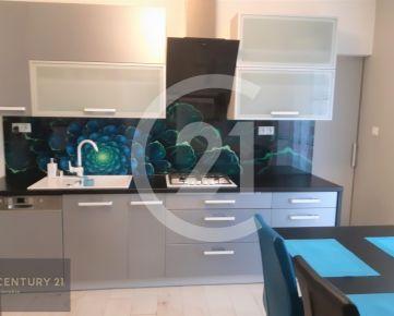CENTURY 21 Realitné Centrum ponúka -3. izb. byt, Komenského ul., vrátane zariadenia