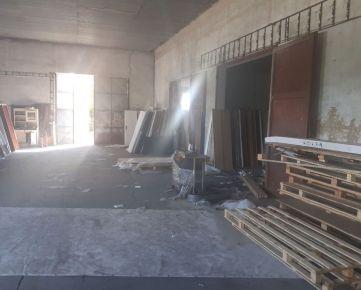 Predaj  výrobných priestorov 900 m2 vo Vajnoroch