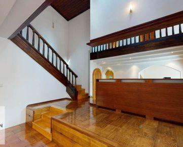 Predaj 5 izbový rodinný dom, Bratislava - Nové Mesto
