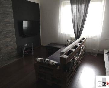 Predáme 1 - izbový  byt, 54,7 m²,  Žilina - širšie centrum, R2 SK.