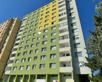 Predaj 2-izbového bytu s loggiou 63 m2, v Rači na Žarnovickej ul., výborná dispozícia