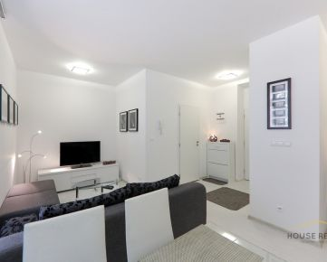 Prenájom útulný 2 izbový byt, Jelenia ulica, Bratislava I Staré Mesto