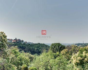 HERRYS - Na predaj slnečný stavebný pozemok s krásnym výhľadom na výstavbu RD na Kolibe