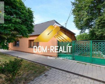 DOM-REALÍT a Rodinný dom v Rusovciach