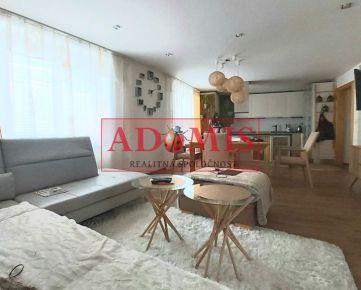 REZERVOVANE - Predám krásný, 83m2 veľký, 3-izbový byt s budúcou loggiou v nadštandarde, po úplnej rekonštrukcii, nám.1.mája, PREŠOV