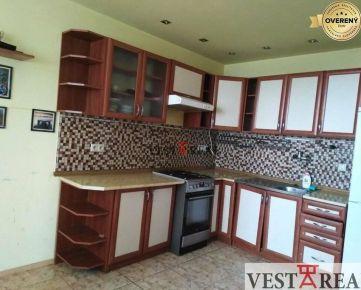 Na predaj 3 izbový byt s dvomi lodžiami, Trnava, Coburgova