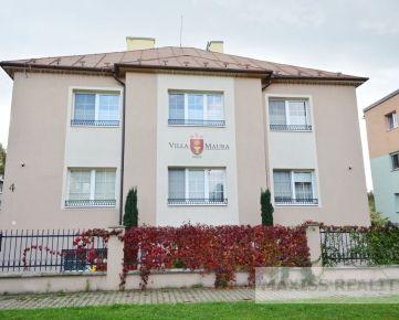 Jedinečná vila na Uhlisku v Banskej Bystrici vrátane nábytku