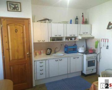 Predáme 4 - izbový byt, Žilina - Hájik, R2 SK.
