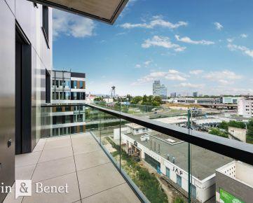 Arvin & Benet | Vzdušný svetlý byt v prestížnom projekte EINPARK