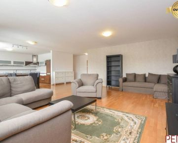 Priestranný 4-izbový byt v rezidenčnom komplexe Rozadol