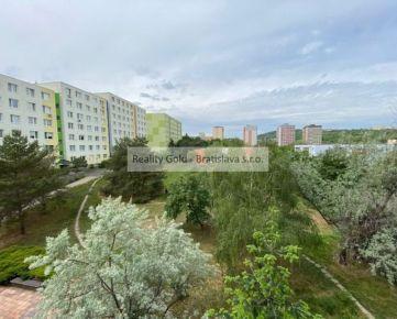 RK Reality Gold - Bratislava s.r.o. ponúka na predaj 3 izbový byt  Karlova Ves