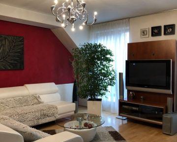 AARK: 3 izbový byt s 2 parkovacími miestami, Františkánska, Trnava